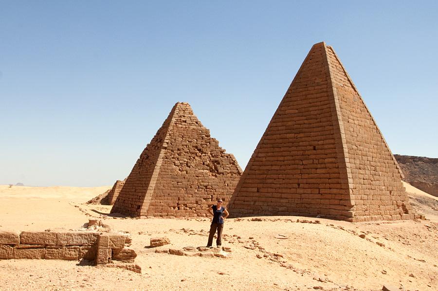 anna by pyramids